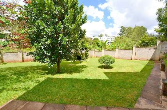 2 bedroom house for rent in Rosslyn image 9