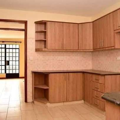 To Let - THINDIGUA A homely 3bedroom master ensuite. image 7