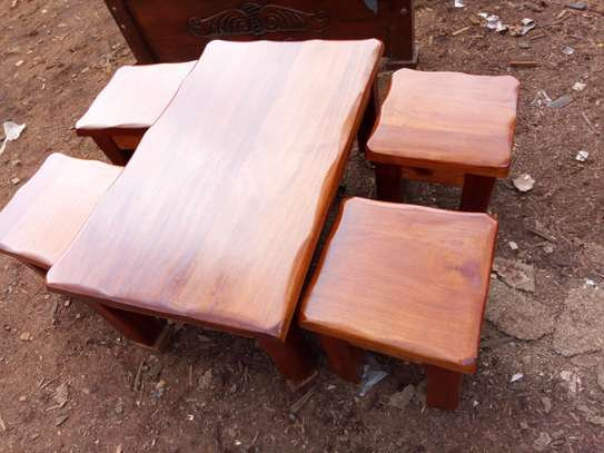 4 stools and table