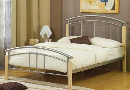 METAL FRAME BED WITH WOODEN FINISH FROM 3*6 TO 6*6