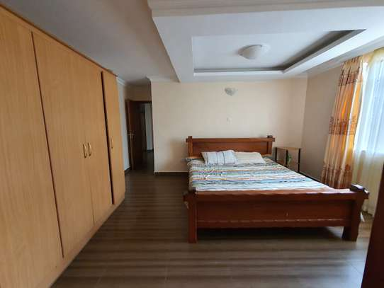 3 bedroom house for rent in Rosslyn image 2