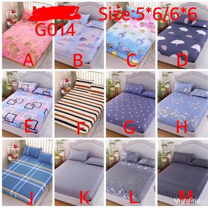 Fitted cotton bedsheets image 1