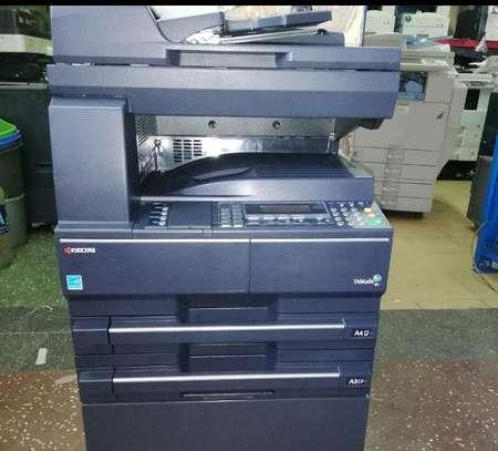 Kyocera taskalfa 181 photocopier machine image 1
