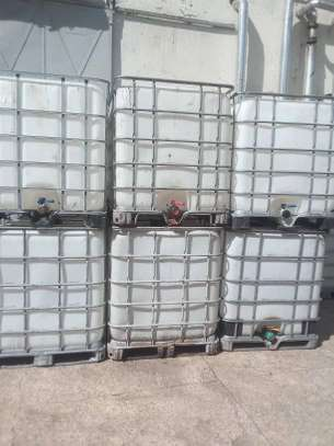 IBC Steel caged water tanks very durable image 2