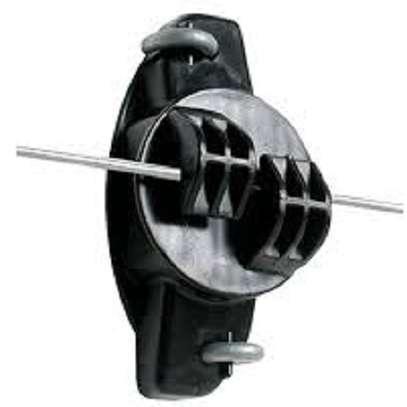 Claw insulator image 1