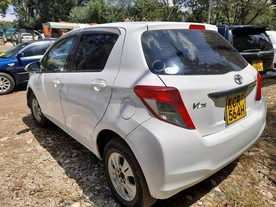 Toyota Vitz image 2