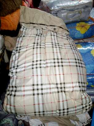 Duvets and blankets image 12