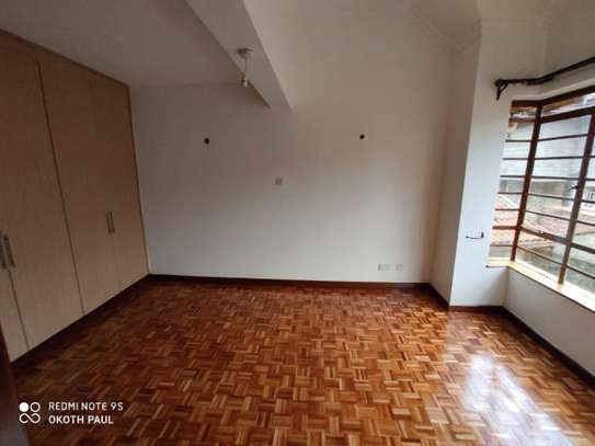 6 bedroom townhouse for rent in Lavington image 7