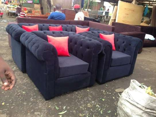 5 Seater Chesterfield Sofa Set. image 8