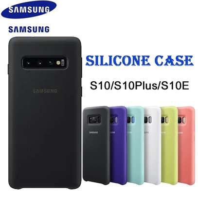 Silicone case with Soft Touch for Samsung S10 S10e S10 Plus image 2