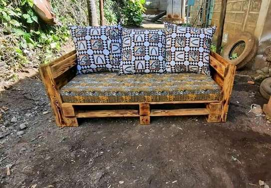 Simple Modern Quality 3 Seater Outdoor Pallet Sofa image 1