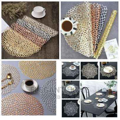 Classy Non ~ Woven Tablemats image 2