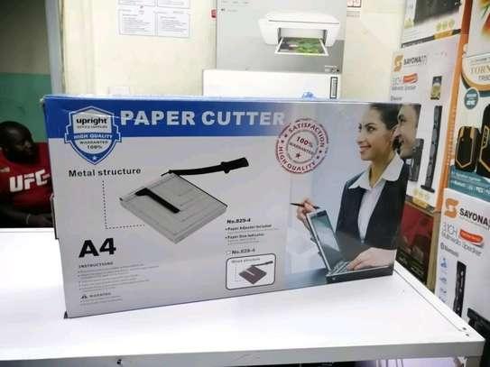 paper cutter image 1