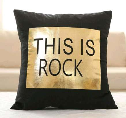 QUALITY BRANDED THROWPILLOWS image 1