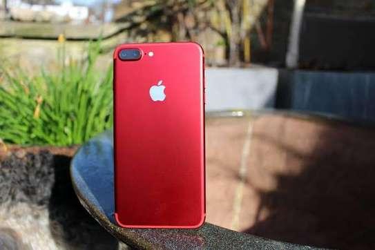 Iphone 7plus image 3