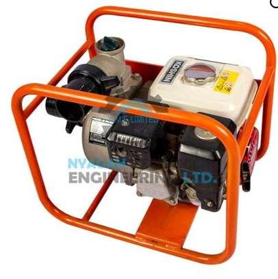 Gasoline water pump image 2