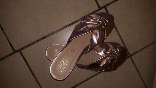 Ladies Flats Shoes image 2