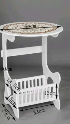 White decorative table image 2