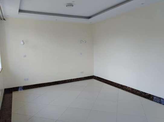 Elegant Magnificent Three Bedroom In Kasarani ICIPE Near Kasarani Police Station image 8