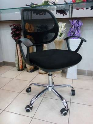 1 Meter office desk and mesh chair combo @12500 image 3