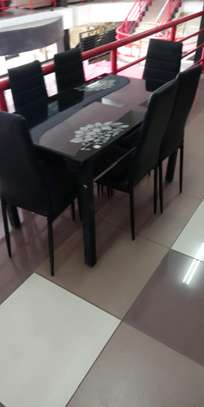 Dining table er