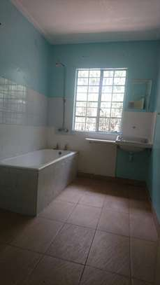 3 bedroom house for rent in Mombasa Road image 5