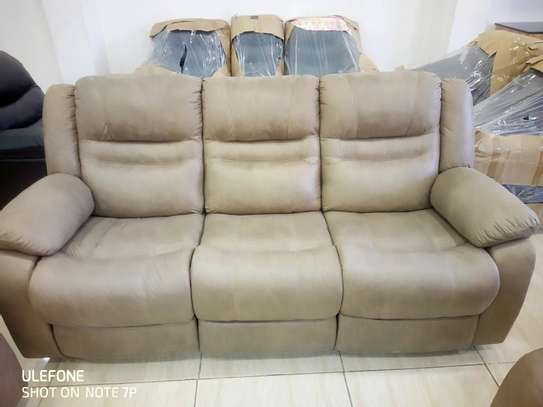 Fabric Recliner Sofas image 2