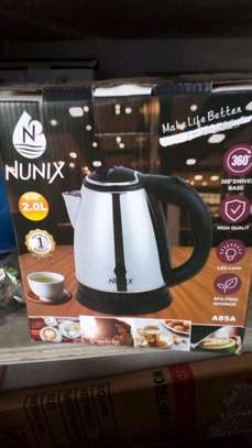 2 litres electric kettle image 1