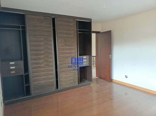 5 bedroom house for rent in Kyuna image 12