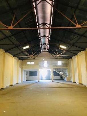 5000 ft² warehouse for rent in Mombasa CBD image 1