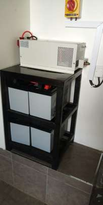 2000 watts back up system image 3