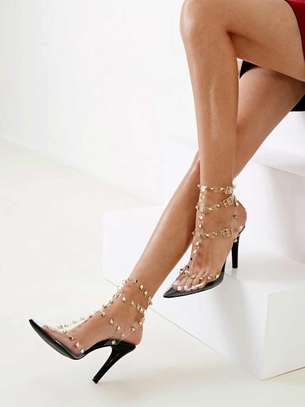 Pointed Tow Heel
