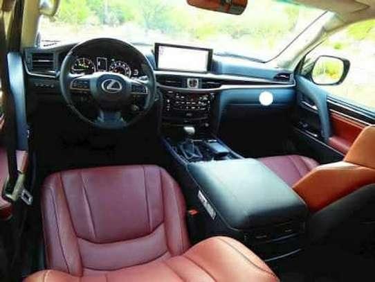 2020 Model-Lexus LX 570 image 6