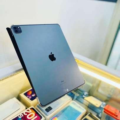 Apple iPad Pro 4th generation (2020) image 2