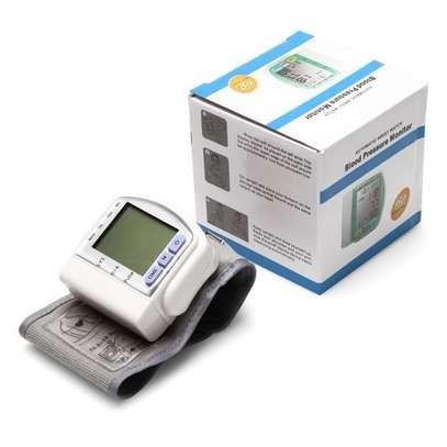 ? Automatic Wrist Watch CK -102S  Blood Pressure Monitor             ? የደም ግፊት መለኪያ እና መቆጣጠሪያ ?  price 1399 image 2