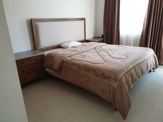 King sized Bed imported from Dubai ( Includes mattress & two Drawers )