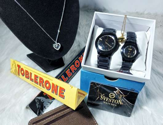 Sveston Couple Watch + Free Necklace image 1