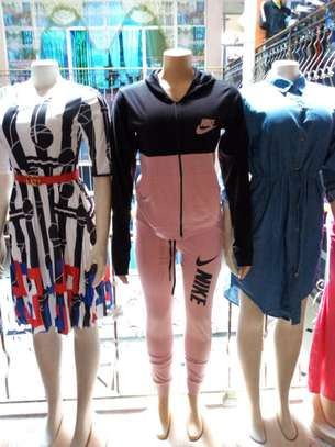 NIKE TRACK SUIT FOR WOMEN