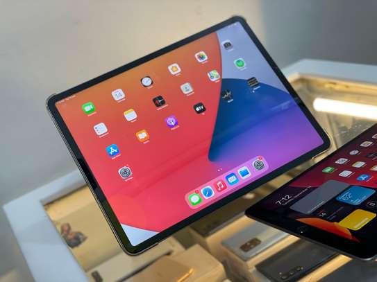Apple iPad Pro 4th generation (2020) image 3