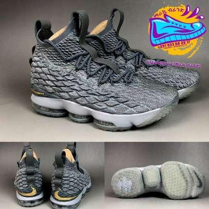 Nike Lebron 15 Men's Shoe