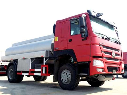 Sino  Fuel Trucks for sale image 1