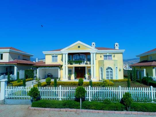 Spectacular Home in CCD Compound Legetafo
