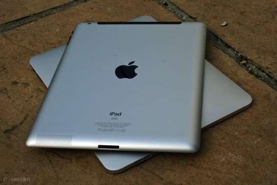 Apple iPad 2 image 1