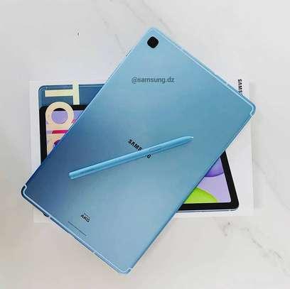 Galaxy Tab S6 Lite image 1