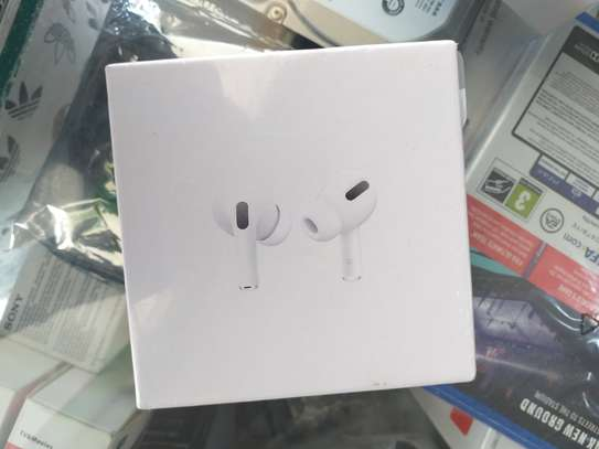 Airpods image 1
