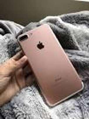 apple iphone  7  plus 32 gb image 1