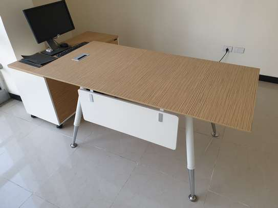 Brand new office furniture image 1