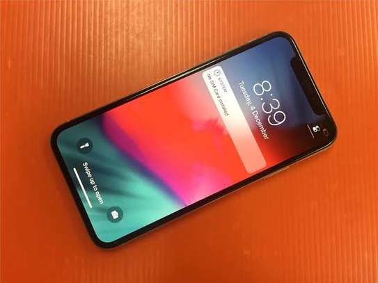 iphone x   64 gb almost new price 20800
