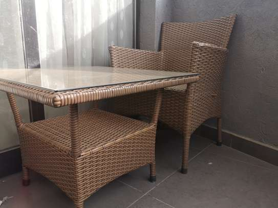 Patio table and 1 chair