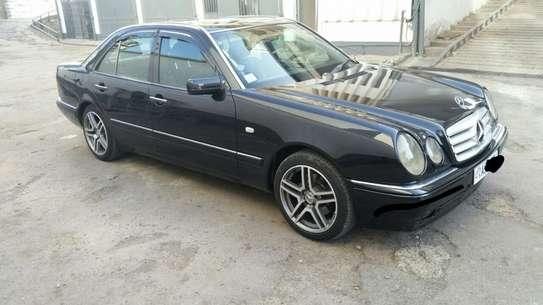 1997 Model Mercedes E 420 image 1